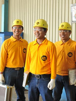 (Indonesia) Bisnis Makin Optimal dengan Perawatan Alat Berat, Truk, Bus, dan Crane Indonesia dari United Tractors